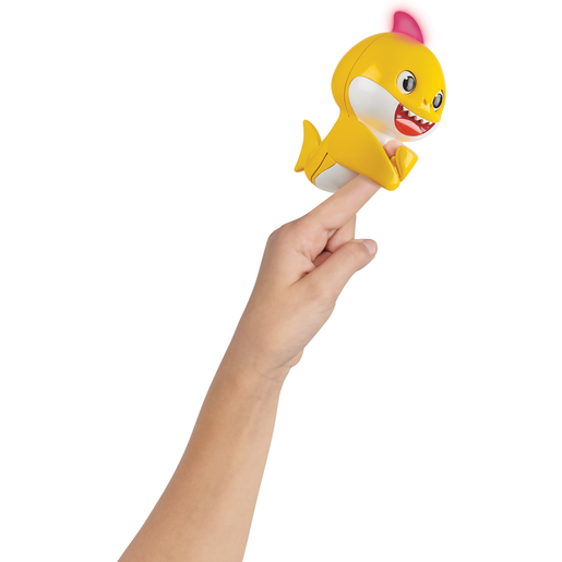 Baby Shark Fingerling (Styles Vary)