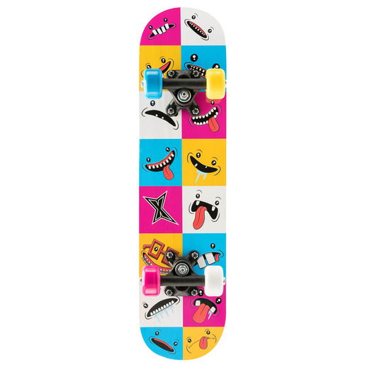 Xootz Skateboard 24 Inch Smiley Checkerboard