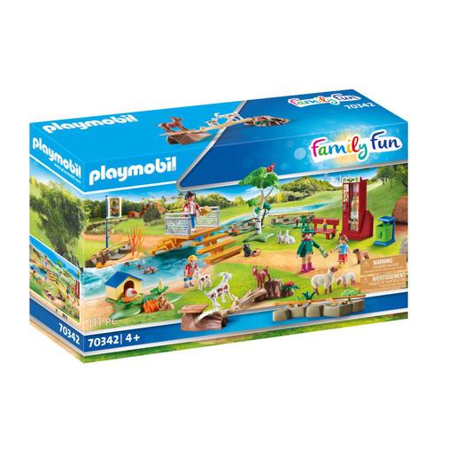 Playmobil 70342 Family Fun Petting Zoo