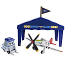 Disney Planes Diecast Judge Davis Pit Row Gift Pack