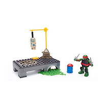 Mega Bloks Teenage Mutant Ninja Turtles Raph Dojo Combat Building Set