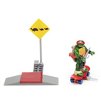 Mega Bloks Teenage Mutant Ninja Turtles Raph's Skate Training Building Set