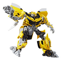 Transformers: The Last Knight Deluxe Figure - Bumblebee