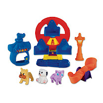 Pocket Pals Pet Amusement Park Playset with Wheel