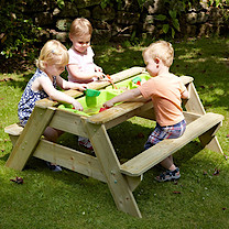 TP286 Deluxe Picnic Table Sandpit